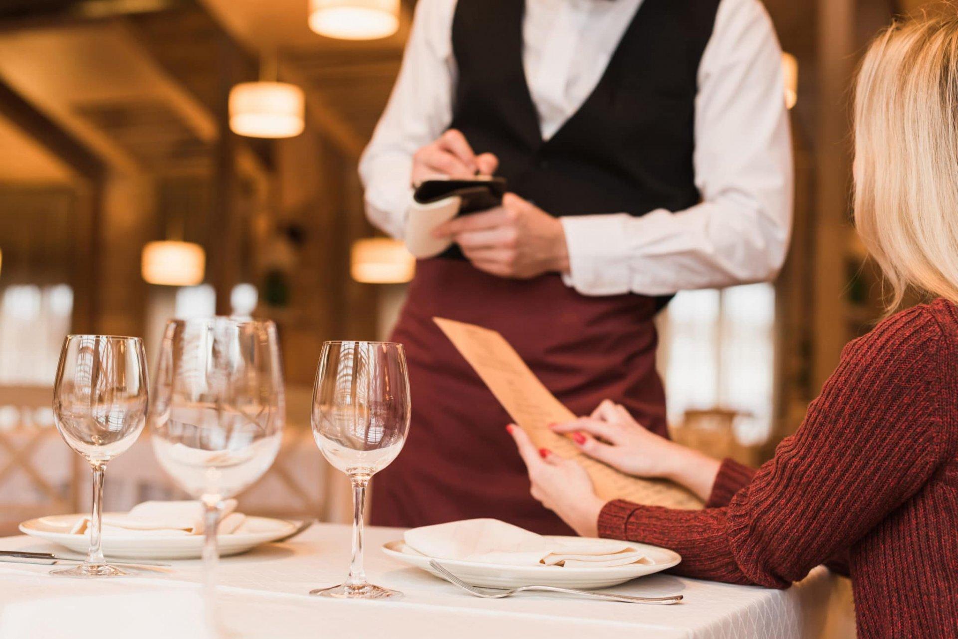 діалог про їжу на англійській мові з перекладом, діалог на англійській мові в ресторані