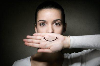 Фрази-табу в спілкуванні англійською мовою: як не образити співрозмовника