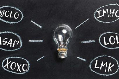 Скорочення в англійській мові: абревіатури, акроніми та неформальні скорочення