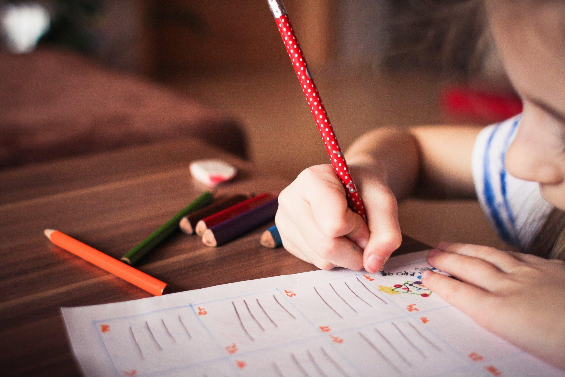 легке запамятовування неправильних дієслів в англійській мові в дитячому віці